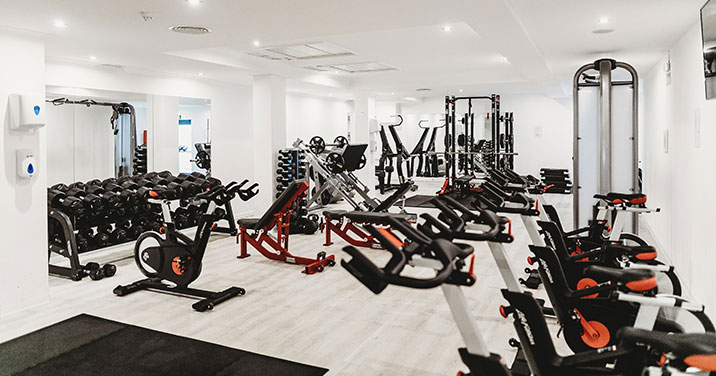 Montreal health and fitness center cleaning services