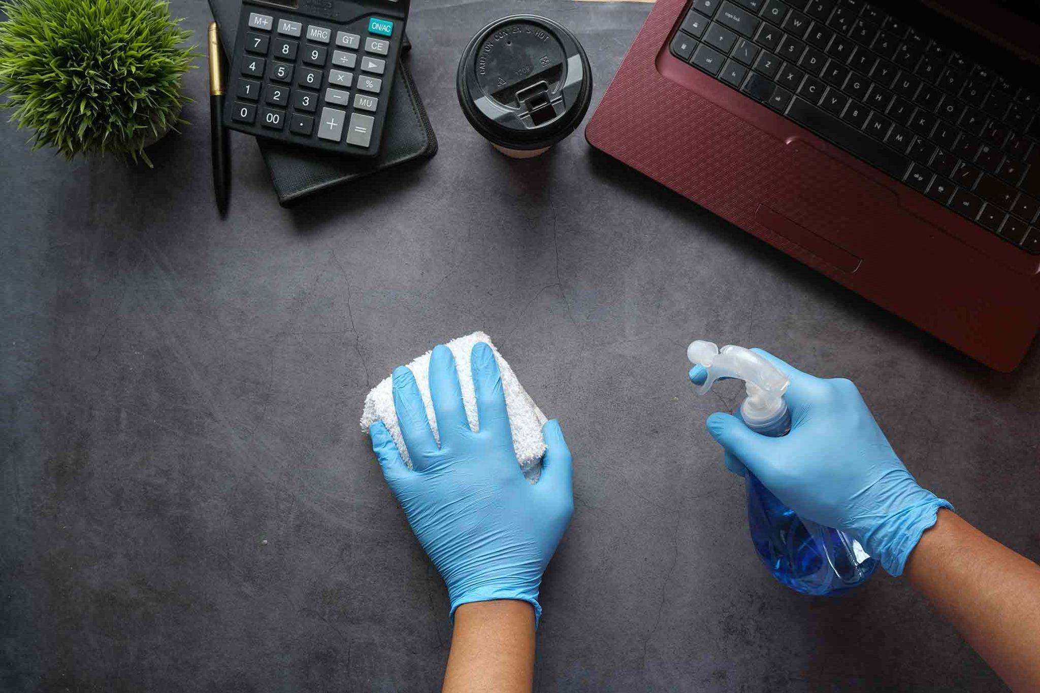 Les différences importantes entre le nettoyage de bureaux commerciaux et l'entretien ménager